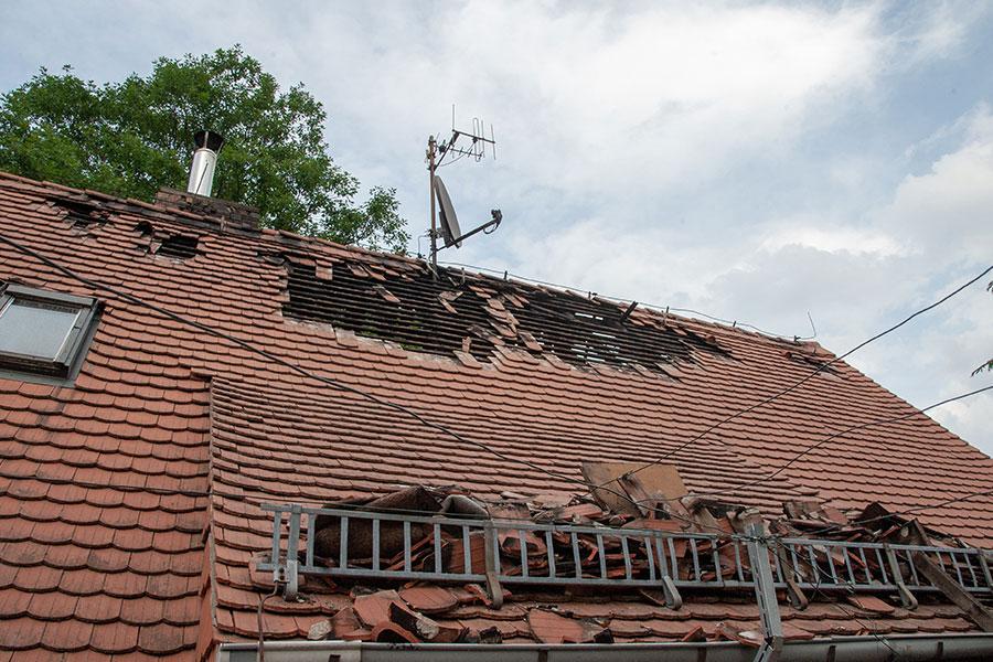 Sturmschaden Dachdecker Dach Muenchen 2 - Sturmschäden Dach